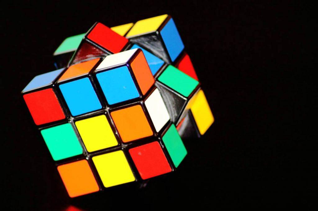 como resolver un cubo de rubik